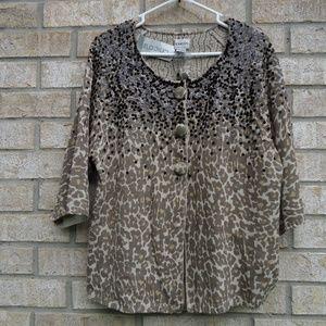 Ladies Chicos 3/4 Length sleeve top. Size 3